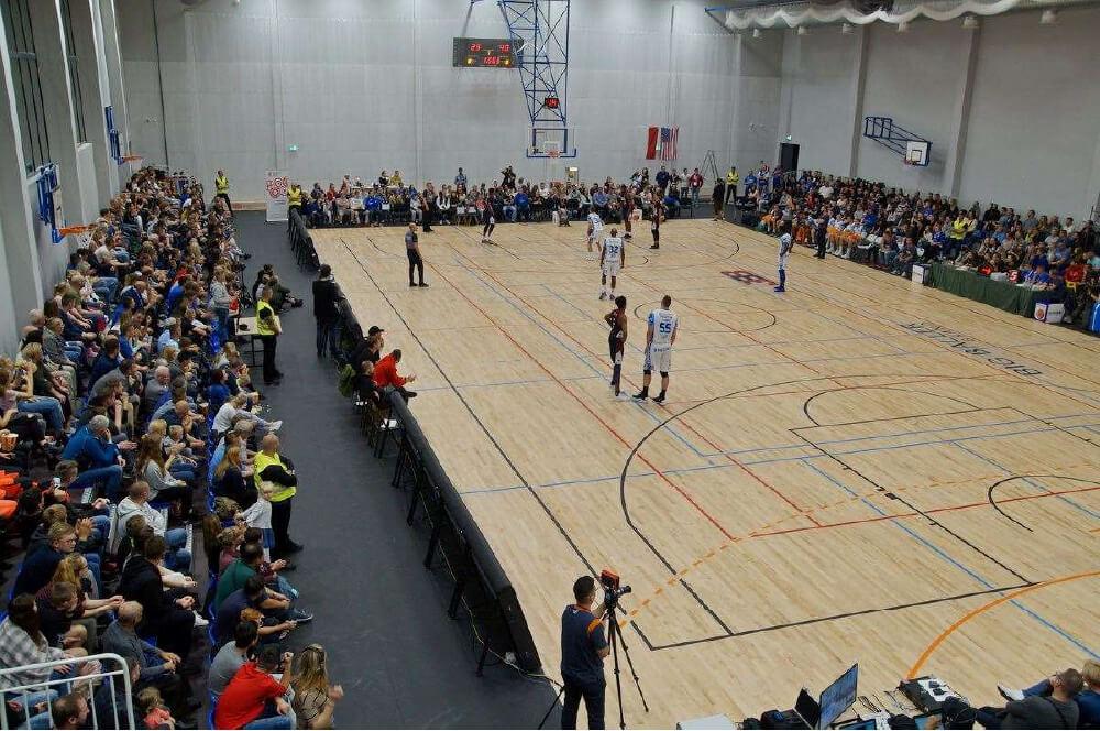 Hala sportowa w Skarszewach